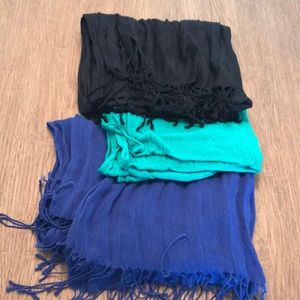 Accessories - Scarf package deal - 3 colors black, blue, green